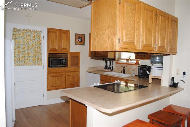 MLS# 6053869 - 1 - 823  Custer Avenue, Colorado Springs, CO 80903