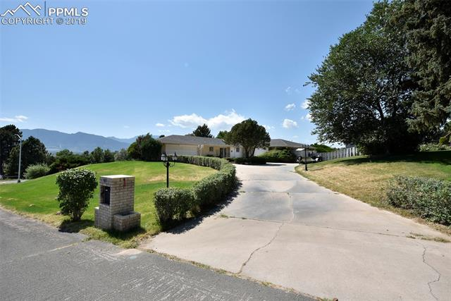 MLS# 7161214 - 1 - 3102 Parkhill Drive, Colorado Springs, CO 80910