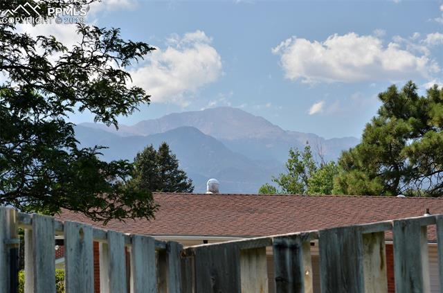 MLS# 7161214 - 4 - 3102 Parkhill Drive, Colorado Springs, CO 80910