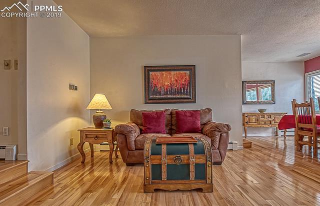 MLS# 4846556 - 10 - 2732 Northcrest Drive, Colorado Springs, CO 80918