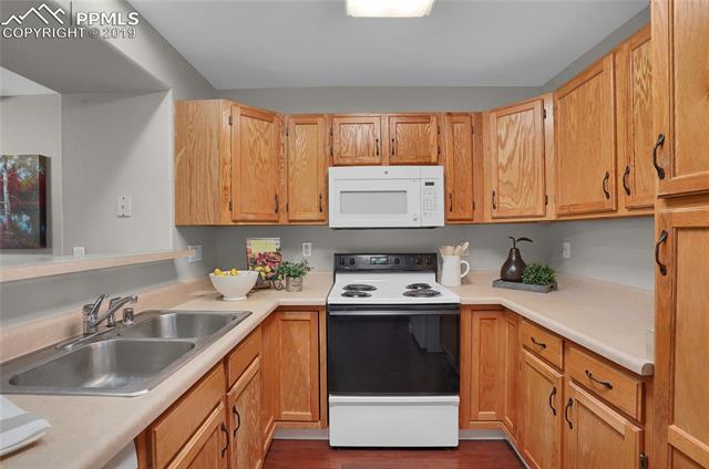 MLS# 8474041 - 20 - 3524 Pacific Drive, Colorado Springs, CO 80910
