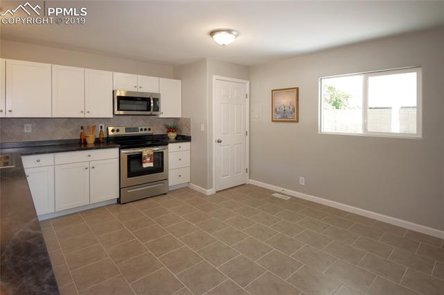 MLS# 7511120 - 9 - 277 Everett Drive, Colorado Springs, CO 80911