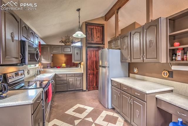 MLS# 7985339 - 16 - 10251 County Road 1 , Florissant, CO 80816