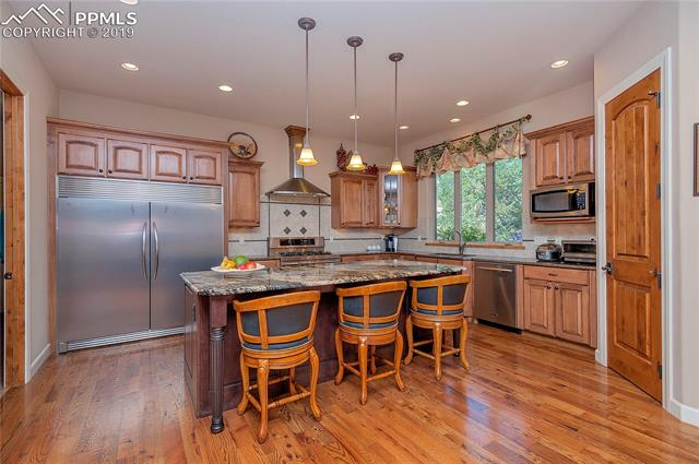 MLS# 9597652 - 11 - 241 Crystal Valley Road, Manitou Springs, CO 80829