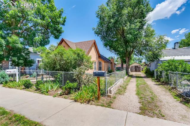 MLS# 6752526 - 4 - 915 Sahwatch Street, Colorado Springs, CO 80903