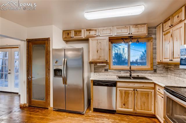 MLS# 6023352 - 7 - 611 Chamberlin Avenue, Colorado Springs, CO 80906