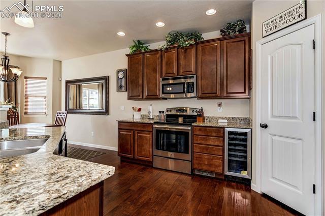 MLS# 9128389 - 15 - 10383 Declaration Drive, Colorado Springs, CO 80925