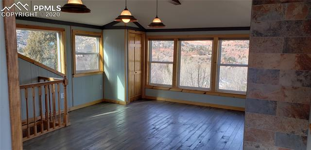 MLS# 4585119 - 15 - 107 Elk Path , Manitou Springs, CO 80829