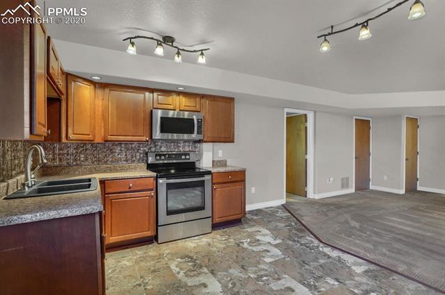MLS# 7502156 - 17 - 7331 Corsicana Drive, Colorado Springs, CO 80923