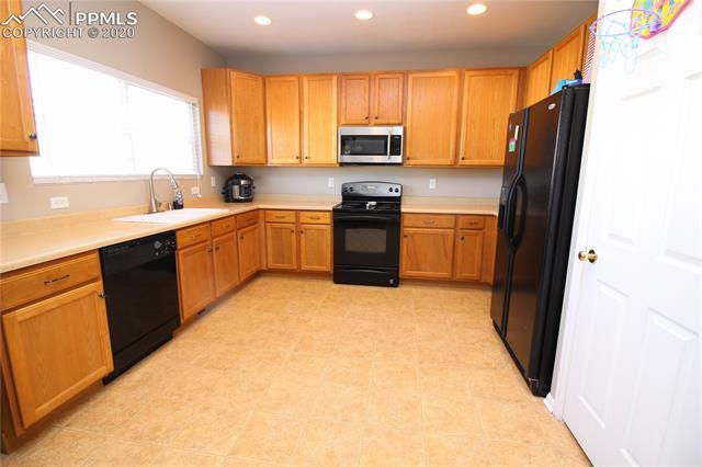 MLS# 7117725 - 8 - 8190 Postrock Drive, Colorado Springs, CO 80951