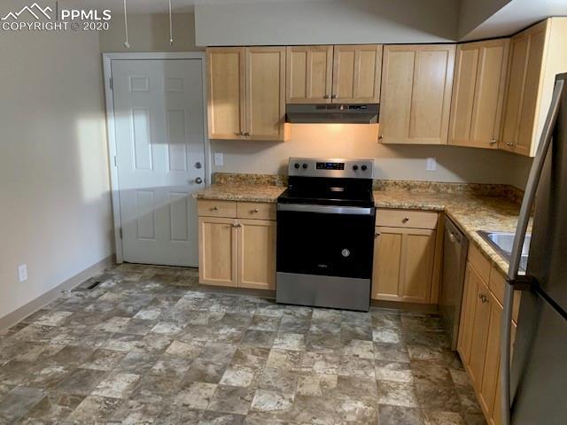 MLS# 9486962 - 5 - 4105 Hollow Road, Colorado Springs, CO 80917