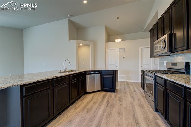 MLS# 6219531 - 6 - 10831 Matta Drive, Colorado Springs, CO 80925