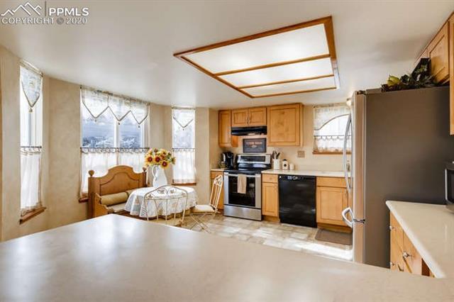 MLS# 1185483 - 10 - 4840 Ramblewood Drive, Colorado Springs, CO 80920