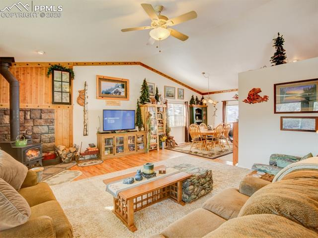 MLS# 8683134 - 14 - 449 Twin Lakes Drive, Divide, CO 80814