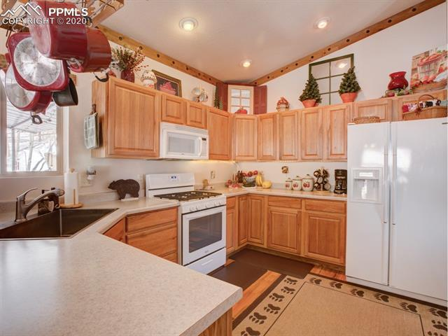 MLS# 8683134 - 17 - 449 Twin Lakes Drive, Divide, CO 80814