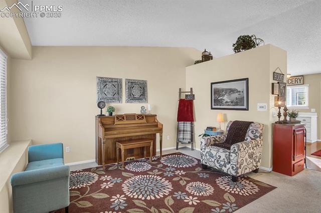 MLS# 3062299 - 10 - 5946 Fossil Drive, Colorado Springs, CO 80923