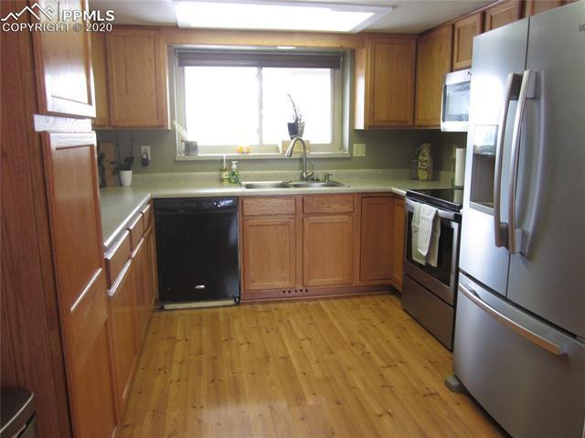 MLS# 9095357 - 12 - 6855 Sagewood Court, Colorado Springs, CO 80918