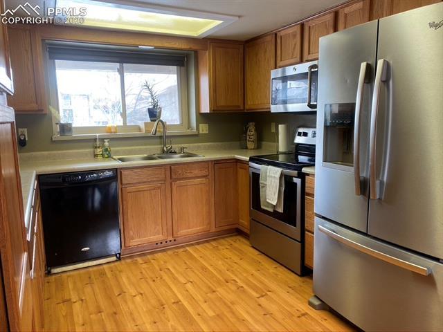 MLS# 9095357 - 14 - 6855 Sagewood Court, Colorado Springs, CO 80918