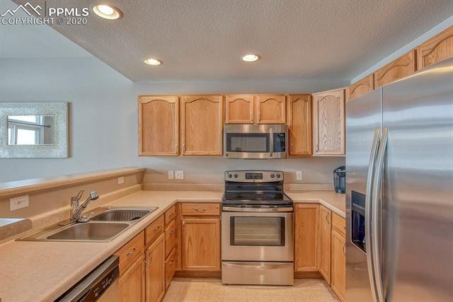 MLS# 1108105 - 14 - 6624 Range Overlook Heights, Colorado Springs, CO 80922