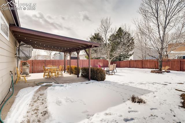 MLS# 9015602 - 28 - 587 Prairie Star Circle, Colorado Springs, CO 80916
