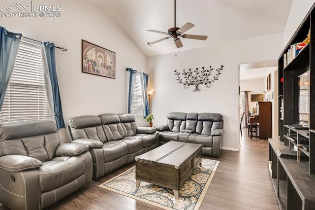 MLS# 9015602 - 6 - 587 Prairie Star Circle, Colorado Springs, CO 80916