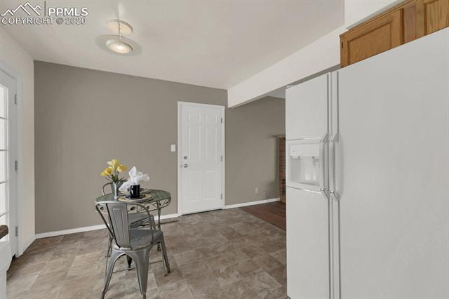 MLS# 9217502 - 16 - 414 Redwood Drive, Colorado Springs, CO 80907