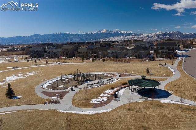 MLS# 1081488 - 38 - 6043 Wolf Village Drive, Colorado Springs, CO 80924