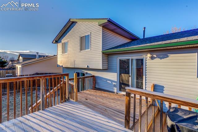 MLS# 9829441 - 15 - 4475 Moonbeam Drive, Colorado Springs, CO 80916