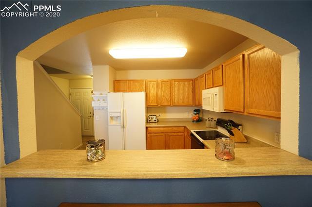 MLS# 7058943 - 10 - 3127 Hearthridge Circle, Colorado Springs, CO 80918