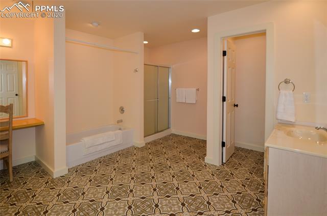 MLS# 5134915 - 35 - 21 Broadmoor Hills Drive, Colorado Springs, CO 80906
