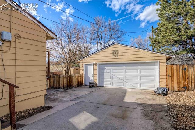 MLS# 4092176 - 34 - 1832 Northview Drive, Colorado Springs, CO 80909