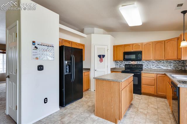 MLS# 7768637 - 9 - 4838 Rusty Nail Point #202, Colorado Springs, CO 80916