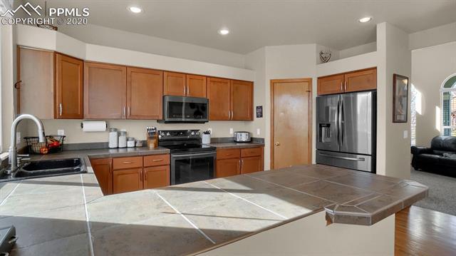 MLS# 4256614 - 14 - 7317 Legend Hill Drive, Colorado Springs, CO 80923