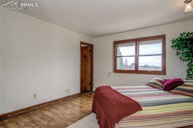 MLS# 1073802 - 21 - 5505 Saddle Rock Place, Colorado Springs, CO 80918