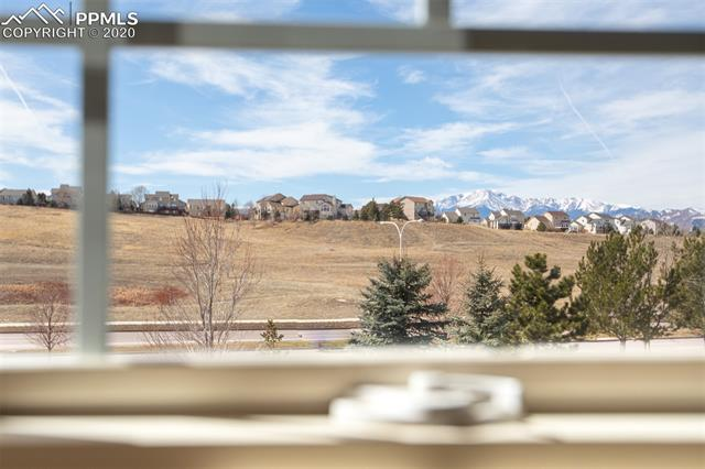 MLS# 5948130 - 40 - 3325 Hollycrest Drive, Colorado Springs, CO 80920