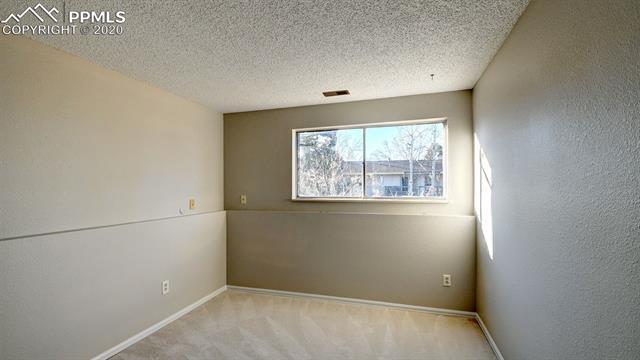 MLS# 8507056 - 18 - 3299 Teardrop Circle, Colorado Springs, CO 80917