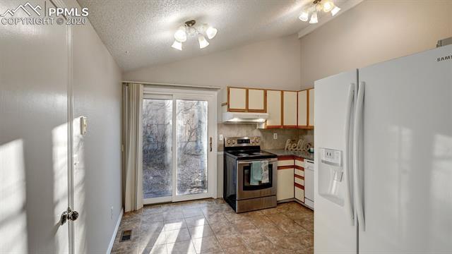 MLS# 8507056 - 6 - 3299 Teardrop Circle, Colorado Springs, CO 80917