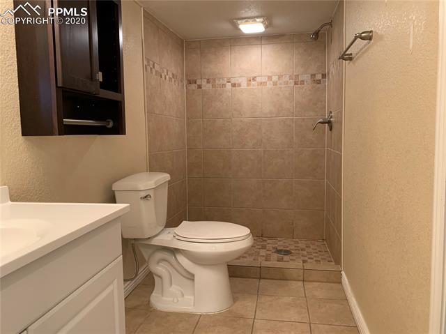 MLS# 8179859 - 17 - 5055 Wezel Circle, Colorado Springs, CO 80916
