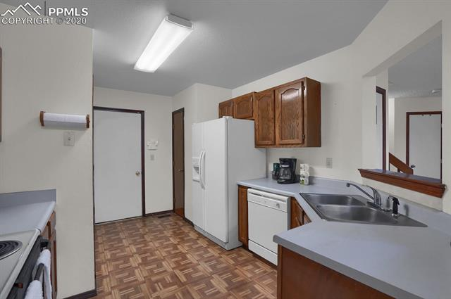 MLS# 4115561 - 10 - 630 Lindstrom Drive, Colorado Springs, CO 80911