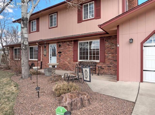MLS# 8342272 - 3 - 2807 Country Club Circle, Colorado Springs, CO 80909
