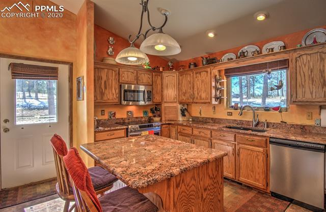 MLS# 1581218 - 8 - 126 Druid Trail, Florissant, CO 80816