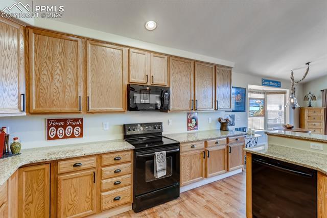 MLS# 8664385 - 9 - 527 Shrubland Drive, Colorado Springs, CO 80921