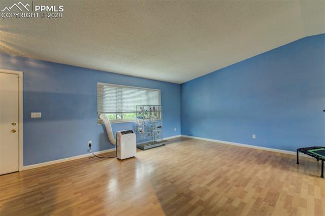 MLS# 9308293 - 11 - 5645 Tuckerman Drive, Colorado Springs, CO 80918