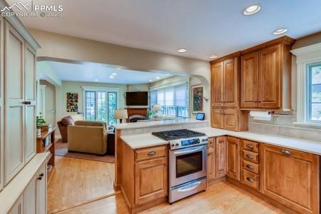 MLS# 1043504 - 13 - 2121 N Wood Avenue, Colorado Springs, CO 80907