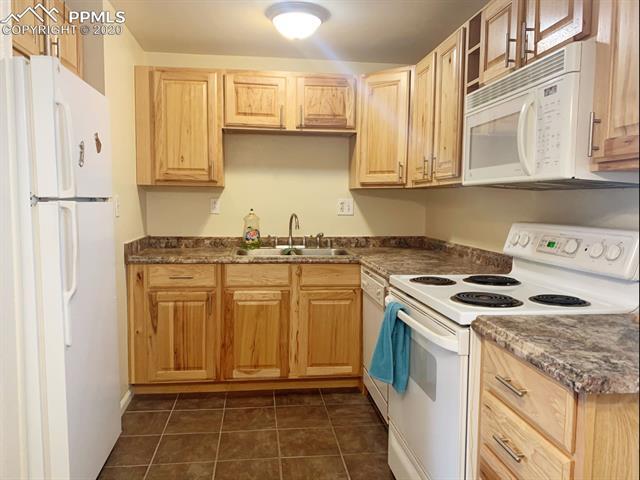 MLS# 7291491 - 9 - 3020 E Bijou Street #2A, Colorado Springs, CO 80909