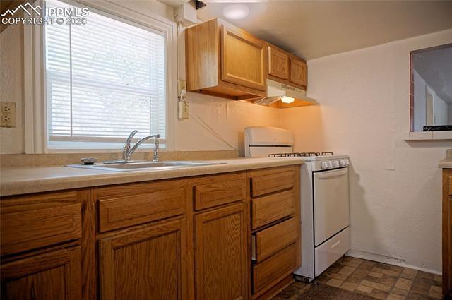 MLS# 9957323 - 5 - 2526 N Weber Street, Colorado Springs, CO 80907