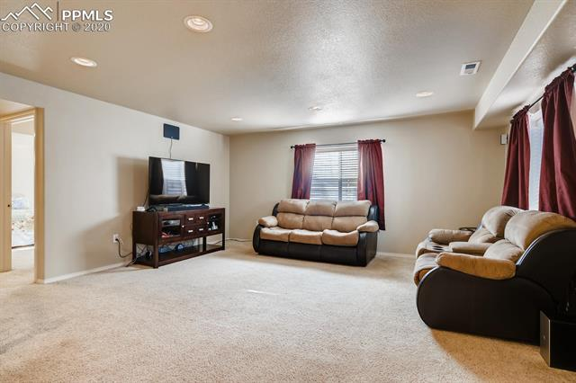MLS# 9422165 - 23 - 8501 Jacks Fork Drive, Colorado Springs, CO 80924
