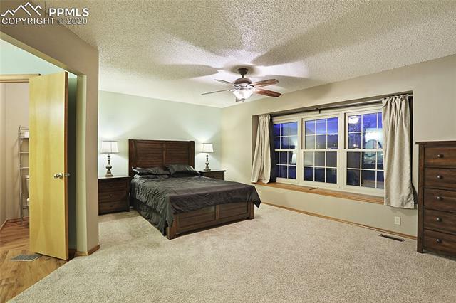 MLS# 3301369 - 24 - 1343 Chesham Circle, Colorado Springs, CO 80907