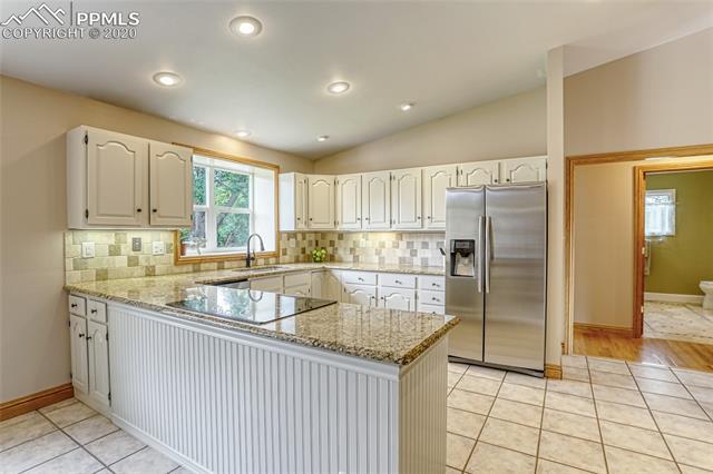 MLS# 7584638 - 6 - 630 Hempstead Place, Colorado Springs, CO 80906