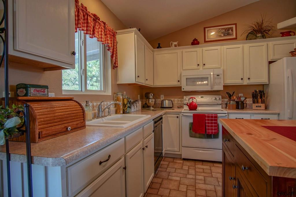MLS# 61529 - 16 - 607 Twinflower Drive  #14, Canon City, CO 81212